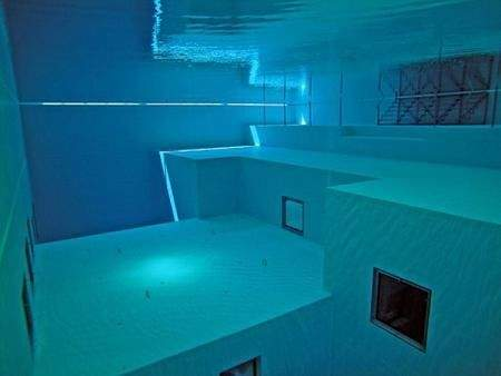 deepest swimming pool 05