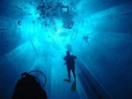deepest swimming pool 06