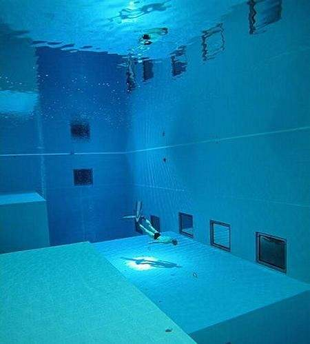 deepest swimming pool 12