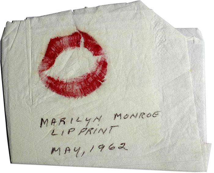 Marilyn Monroe lip print