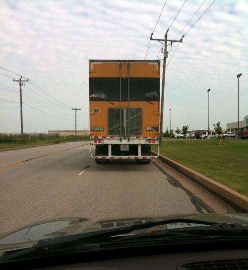 camion vopsit